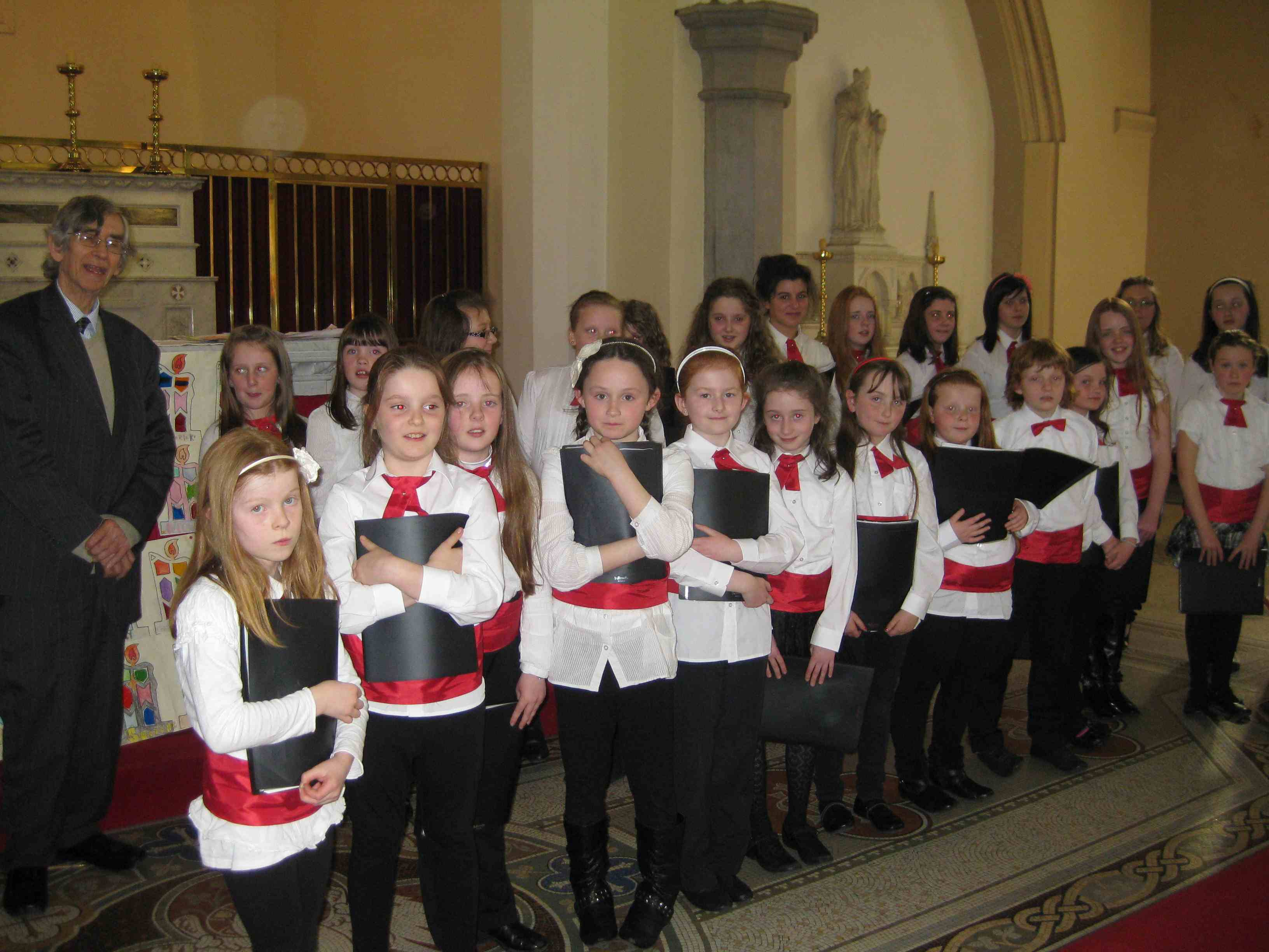 Colin Mawby and Moate Youth Choir